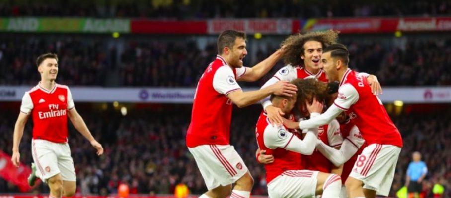 Арсенал има нужда от различни играчи